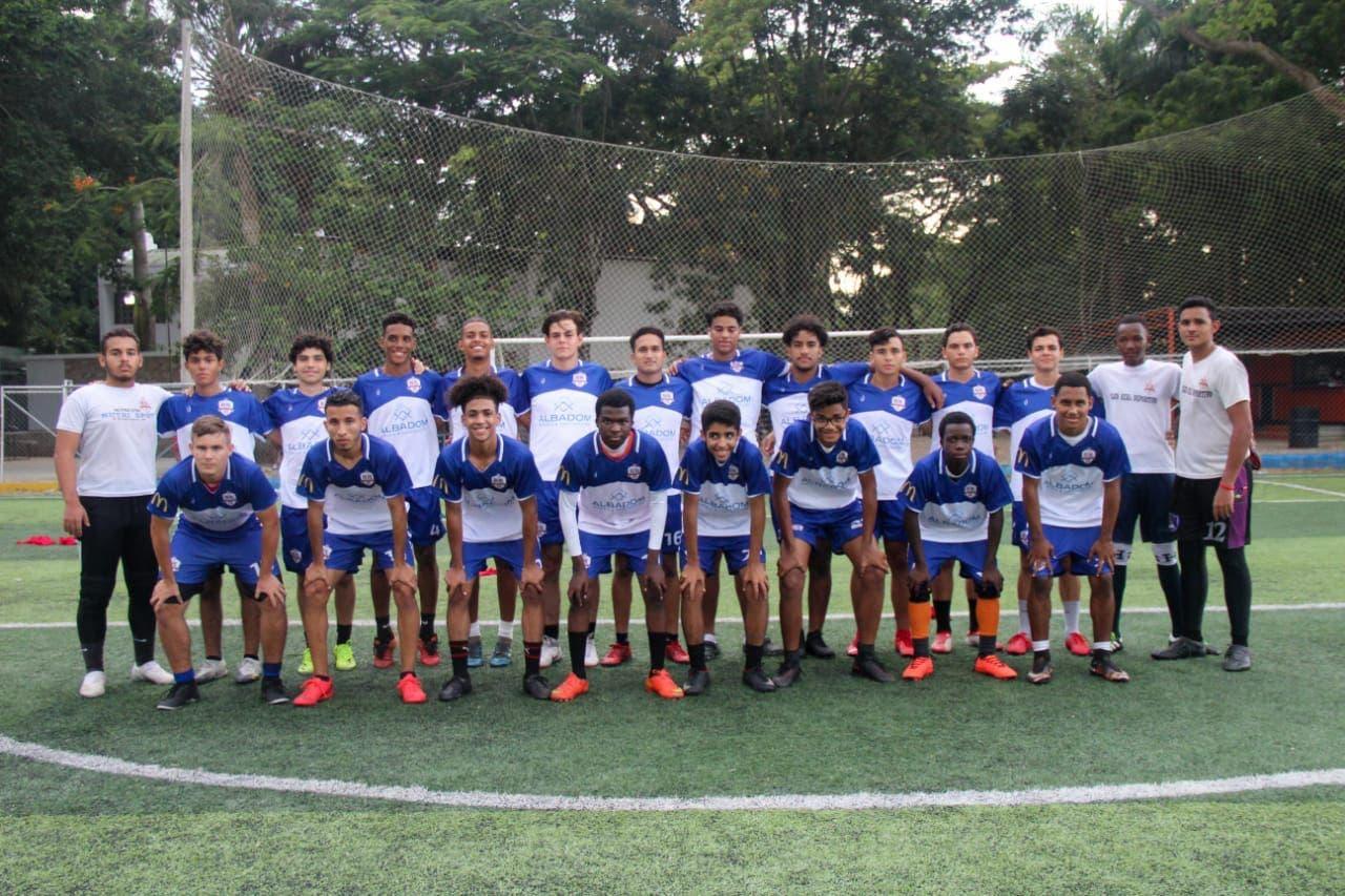 Albadom respalda torneos juveniles deportivos en Moca