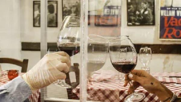 Insta disminuir consumo de alcohol para reducir cáncer de mama