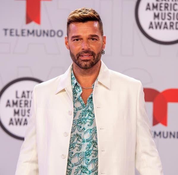 Ricky Martin asegura que no se ha hecho retoques faciales