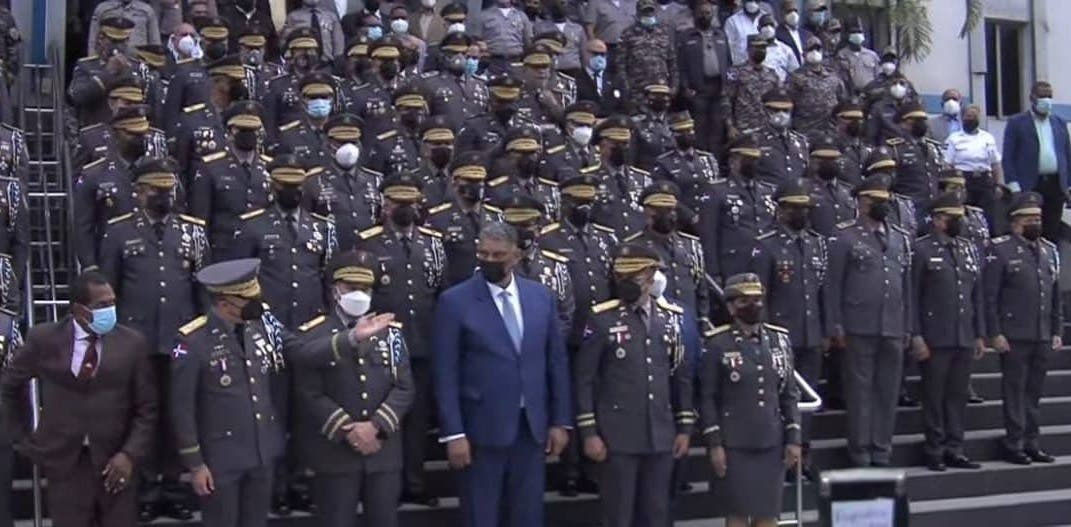 Nuevo director de la Policía promete todos los agentes irán a las calles