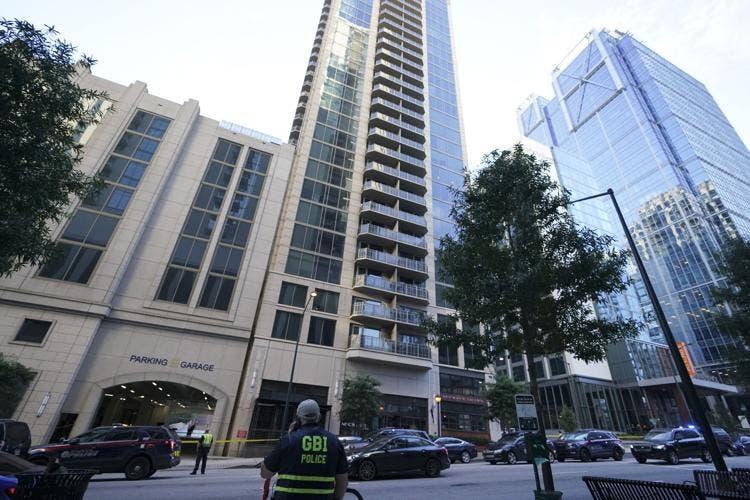 Tiroteos dejan dos personas muertas en edificio de Atlanta